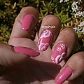 nail art roses one stroke vernis Moya pastel N°609 Crocongle