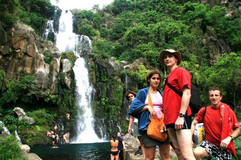 sakina nol yo et phil at cascade des aigrettes