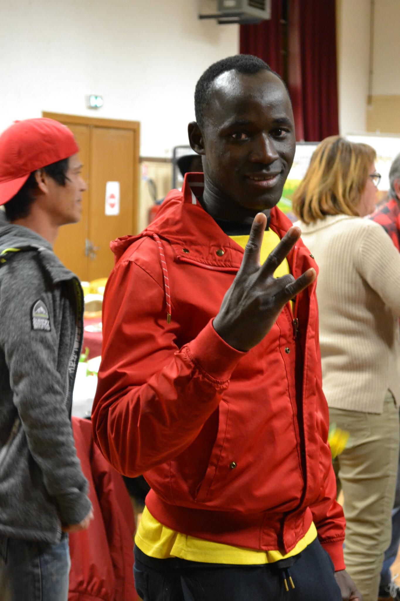 Accueil MNA,Accueil Mineurs étrangers Charente,Club MARPEN,Jeune Afrique,L'art peut-il changer le monde,Mineurs étrangers,UN TOIT POUR EUX,dernière nouvelle du monde,solidarité nationale