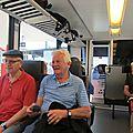 1. Dans le train