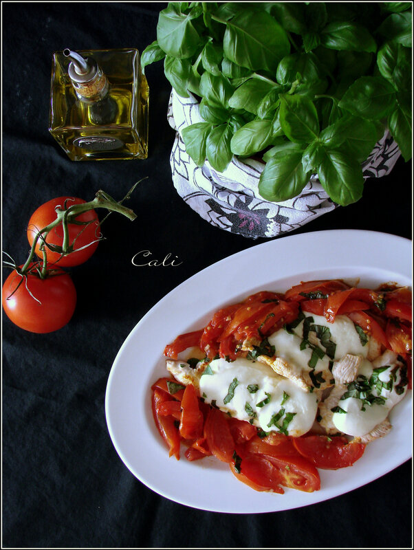 Escalopes de Poulet à la Mozzarella, Tomates & Basilic 001