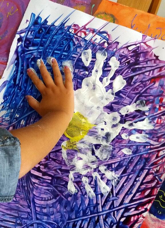 318-Fleurs-Des fleurs avec les mains (31)
