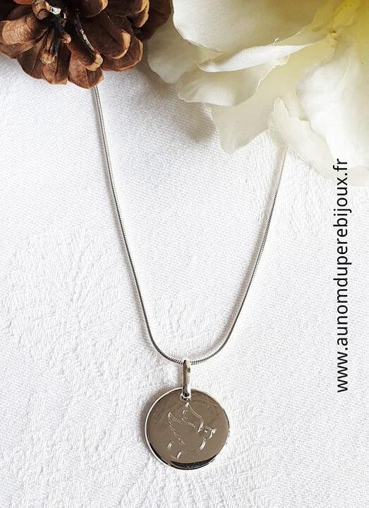 Collier médaille colombe Esprit Saint sur chaîne maille serpent - 79 €