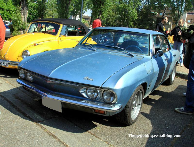 Chevrolet corvair 500 hardtop sedan de 1965 (Retrorencard mai 2011) 01