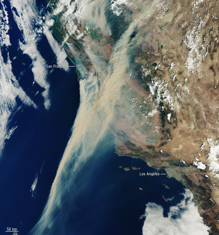 California_on_fire_ESA22177856 (Europe Space Agency, contains Copernicus Sentinel (2020), processed by ESA, CC BY-SA IGO 3
