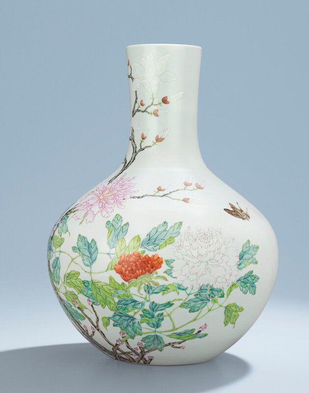 2014_HGK_03320_2914_000(a_magnificent_and_rare_famille_rose_vase_tianqiuping_yongzheng_six-cha)