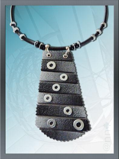 Collier noir et gris dégradé avec rondelles (N)