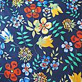 Edenham fond marine fleurs multicolores, coloris F