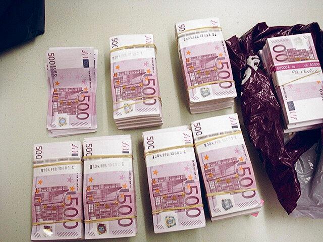 marabout, devenir richesse en 1 jour, millionnaire en 1 jour, maitre marabout, portefeuille magique, valise magique, argent
