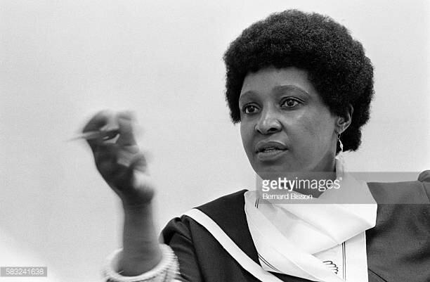 COMMUNIQUE DE PRESSE DE EDS RELATIF AU DÉCÈS DE MADAME WINNIE MANDELA.