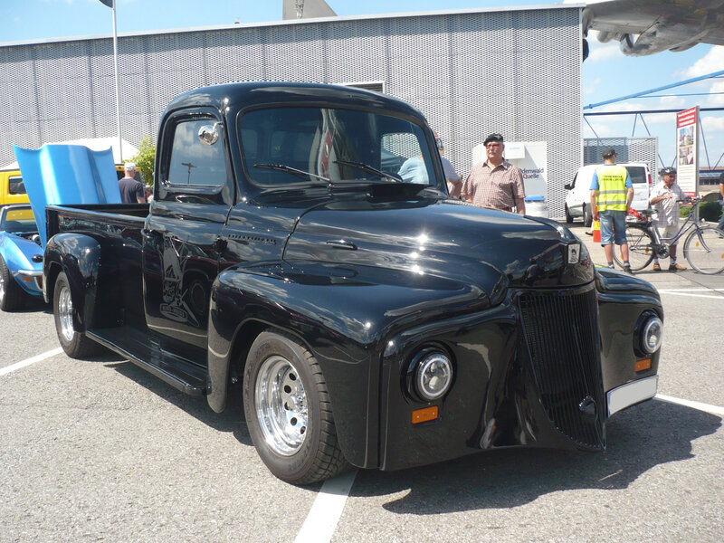INTERNATIONAL HARVESTER L120 2door pick-up custom Sinsheim (1)