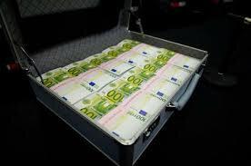 VALISE MAGIQUE QUI PRODUIT DE L'EURO