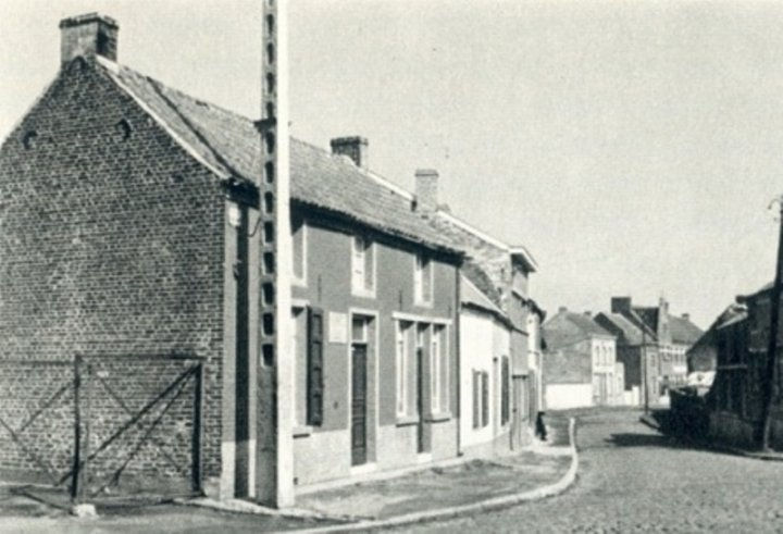 Maison Denis - ancienne carte postale