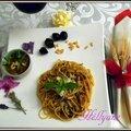 Pâtes provençales, au basilic- huile d'olive, anchois, ail, tomates, pignons de pin