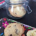 Cookies croquant aux pépites de chocolat et aux bananes séchées