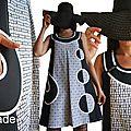Robe trapèze Chasuble Noire & blanc Graphique Asymétrique d'allure Sixties