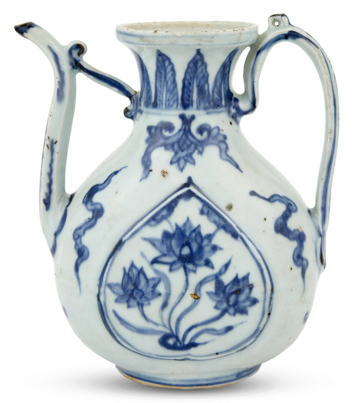 A Chinese Blue and White Porcelain Ewer, Yuan Dynasty