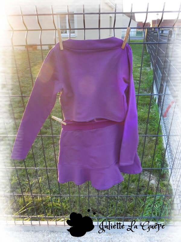 Aura et Nina sweat purple10
