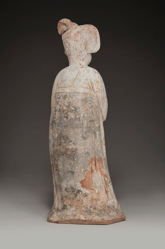 2019_NYR_16950_0835_003(a_large_painted_pottery_figure_of_a_court_lady_tang_dynasty)