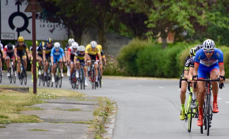 CANTONALE 2019 COURSE LIGNE échappés peloton maillot jaune