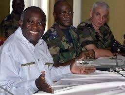 Doué a disparu et n'a réapparu qu'après ma chute,dans les bagages de Ouattara
