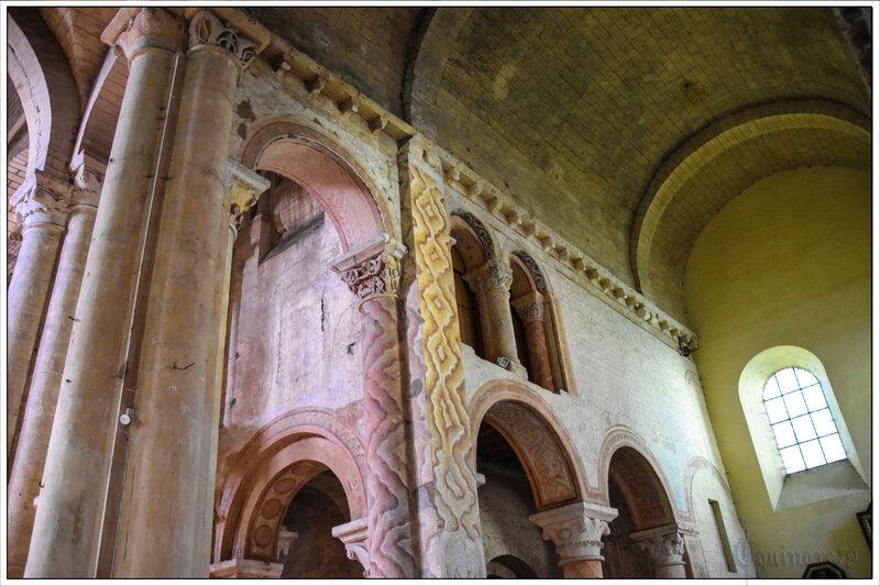 Poitiers Histoire de l'église Saint-Hilaire-le-Grand reconstruite avec des subsides accordés par Clovis (5)