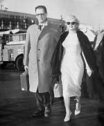 1957-01-03-NY_arrival_from_jamaica-idlewild_airport-011-1