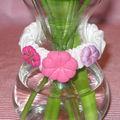 Bracelet au fleurs roses