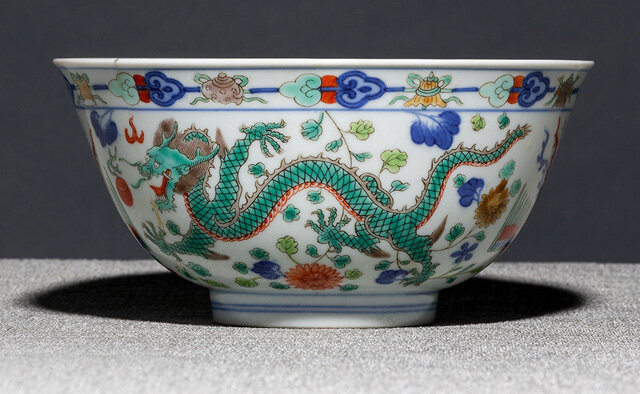 A fine Dragon bowl, underglaze blue Daoguang seal mark and period (1821-1850)