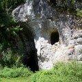 Cavités archéologiques de la région