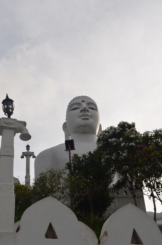 White Buddha temple 02