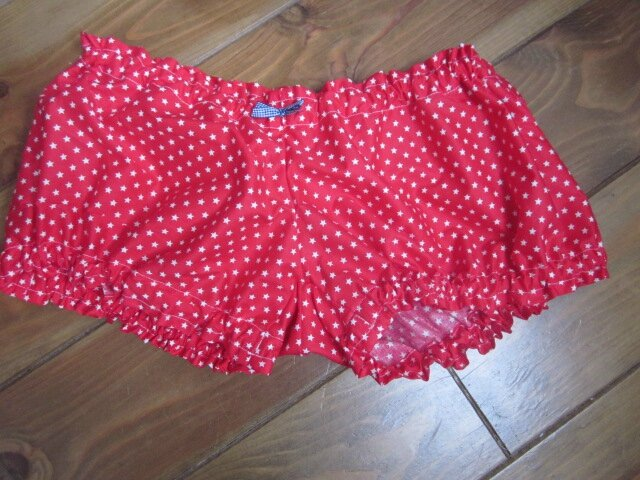 Culotte BIANCA en coton rouge imprimé étoiles blanches - Noeud de vichy marine (2)