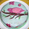 Gâteau oiseau sur sa branche
