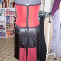 bustier rouge