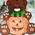 Nounours déguisé en citrouille d'halloween