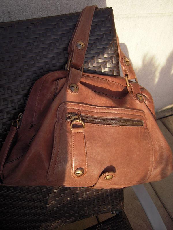 Un superbe sac DAREL dont je me suis séparé bêtement. Il était top