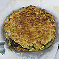 Crumble de courgettes, jambon, mozza