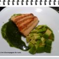 Saumon sauce verte et salade d'avocats