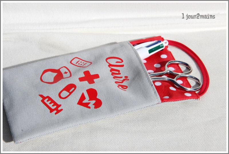 pochette infirmiere claire rouge