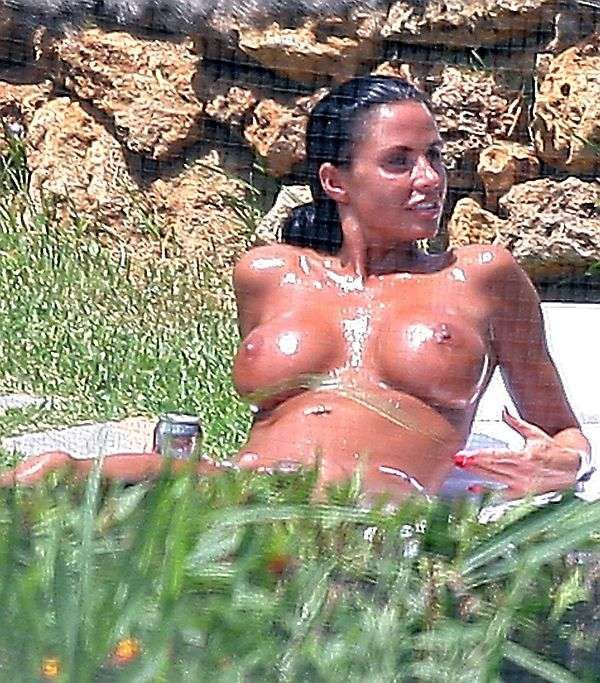 katie price a poil