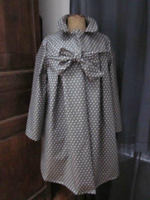Ciré en coton enduit gris à petites pois noué d'un lien réalisé dans le même tissu (3)