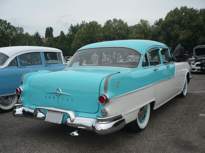 PONTIAC Star Chief 4door Sedan 1955 Illzach (2)