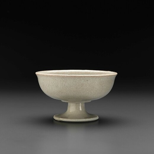 White-Ware Stem-Cup