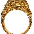 Rare bague en or et agate, art sassanide, ivème - vème siècle ap. j.-c.