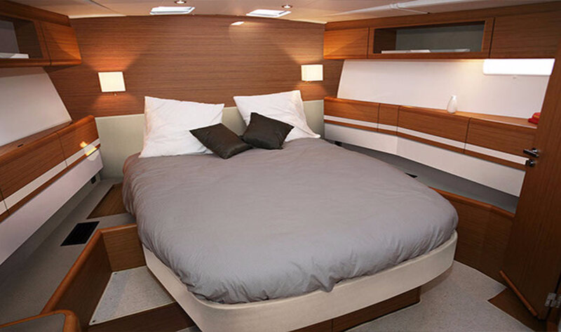Lux-Charters-Ibiza-Jeanneau-57-Master-Cabin