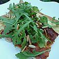 Pizza au port salut et jambon croustillant