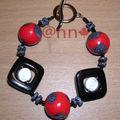 Bracelet Fimo rouge et noir, acryliques noir (N)