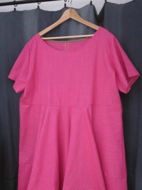 Robe EULALIE en lin rose tyrien - taille 56 (3)