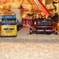 Déchargement d' un transformateur Elin, camion Volvo FH 520 ch BKV camion grue Grove Gmk 3055 ( Mammoet).
