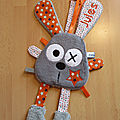 lapin_attache_t_tine_gris_orange_perso__1_
